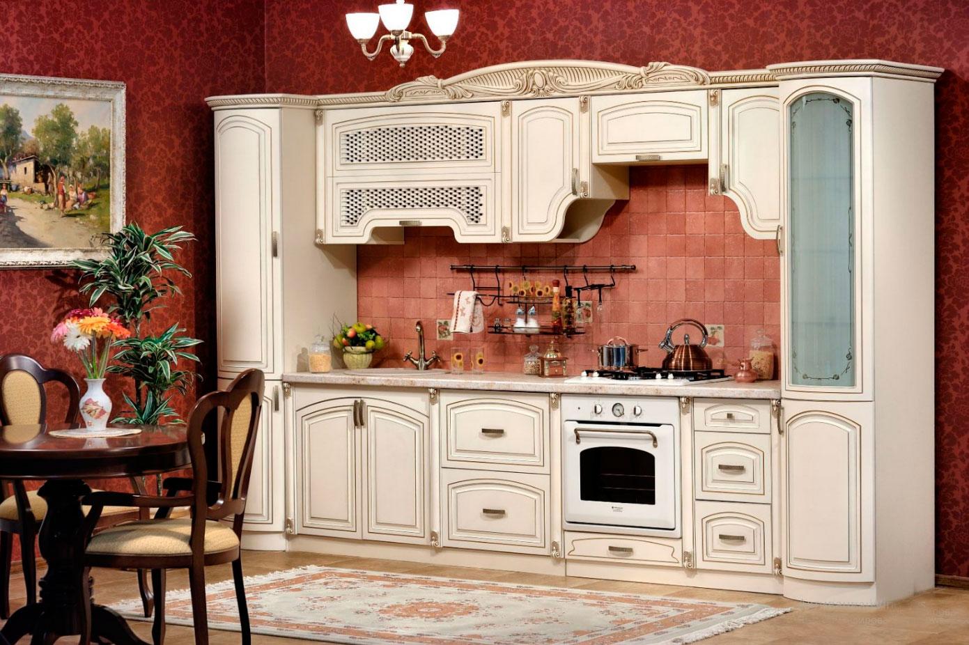 бежевая мебель для кухни из дуба